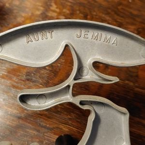 Vintage Kitchen - Vintage Aunt Jemima Pancacke Mold